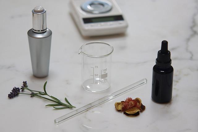 Профессия парфюмер или создатель духов